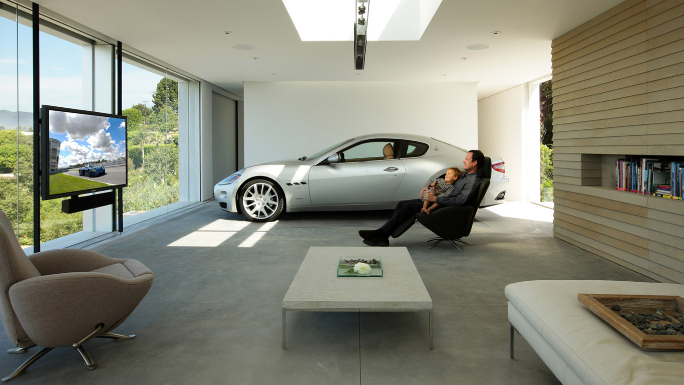 Как легально превратить свой гараж в коттедж. Инвестиции в гаражи